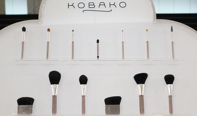 KOBAKOから肌悩みに着目した新発想のメイクアップブラシが誕生